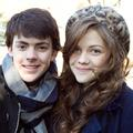 Photo : Georgie Henley et Skandar Keynes baptisent un lion