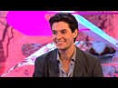 Ben Barnes parle de ses projets sur le plateau de T4
